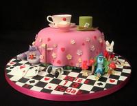 """Торт """"Алиса в стране чудес"""""""